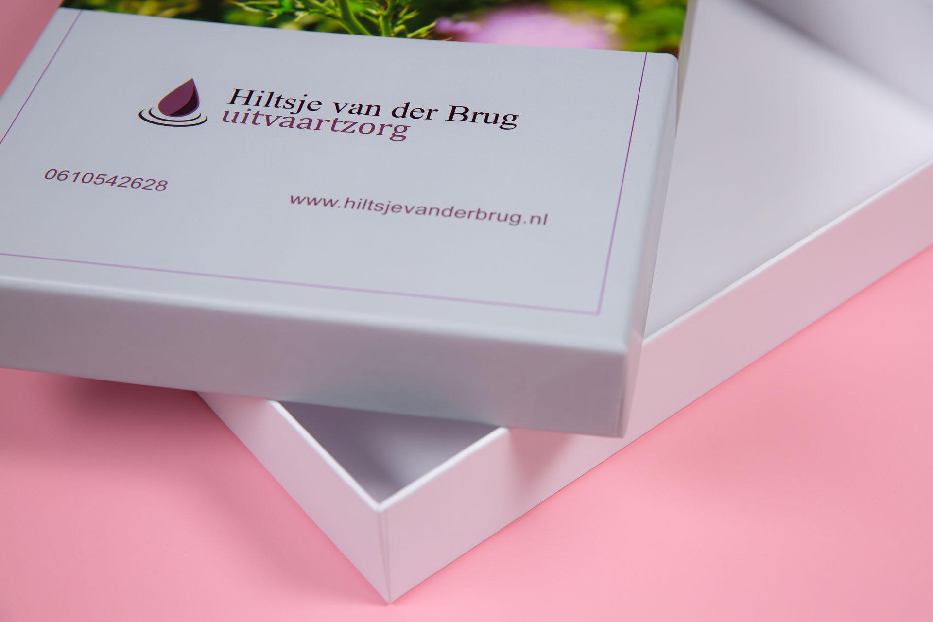 A4 doos met deksel Hiltsje van der Brug