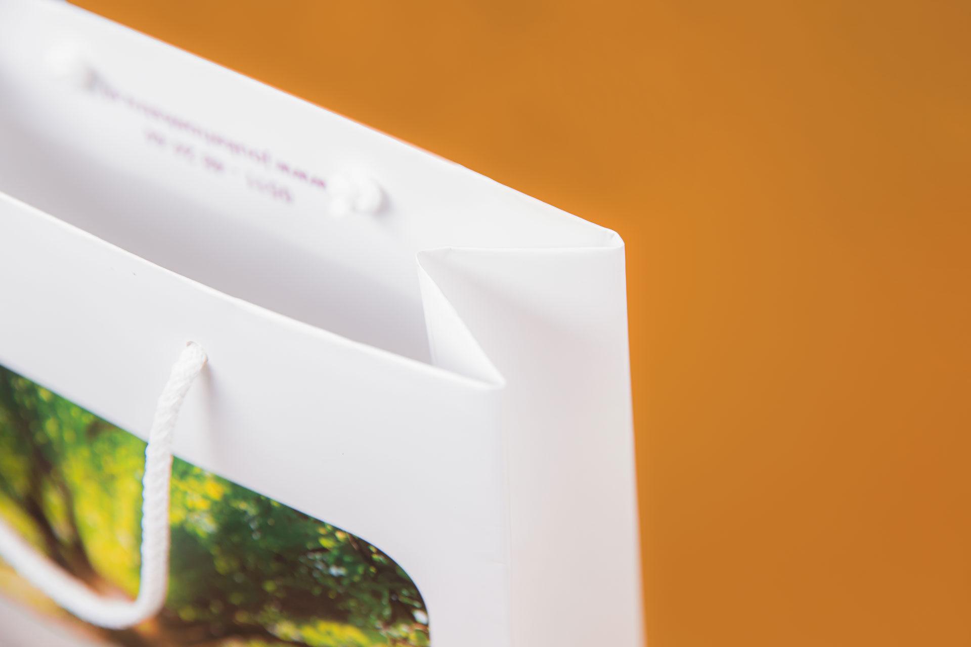 A4 doos deksel met bijbehorende draagtas Jouke Hoekstra