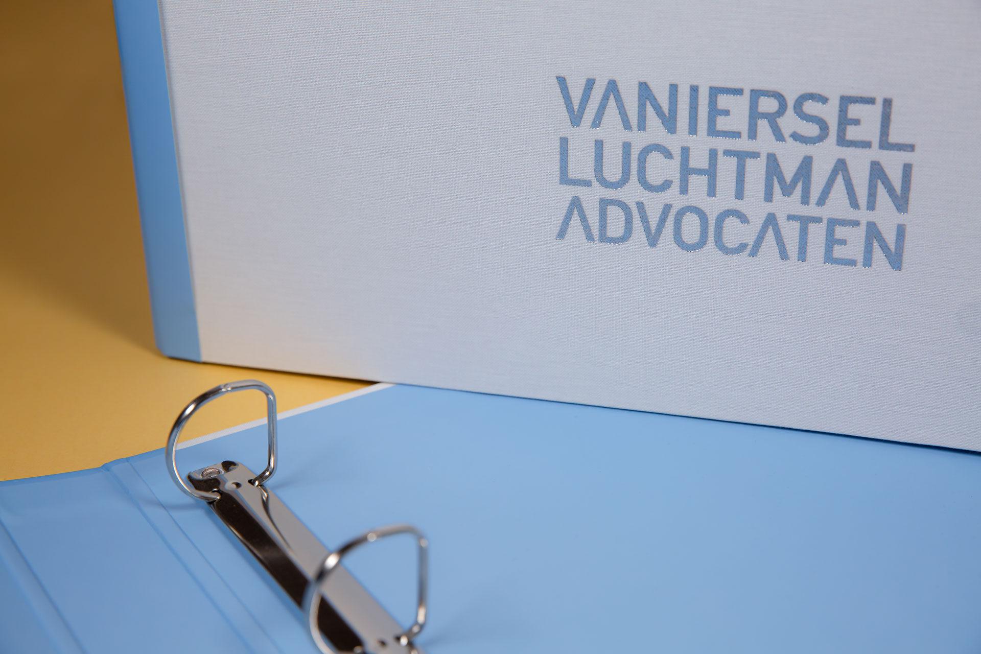 halflinnen Magneetringbanden set van Iersel Luchtman Advocaten